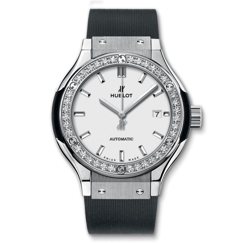 Đánh giá đồng hồ Hublot Classic Fusion Automatic Titanium 33mm1