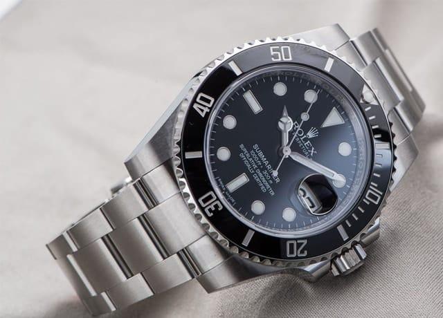 Cách chỉnh ngày giờ trên đồng hồ Rolex 6 kim qua 2 bước cơ bản
