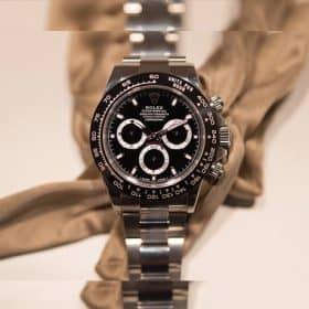 3 Cách Nhận Biết Đồng Hồ Rolex Thật Chuẩn Nhất 2019