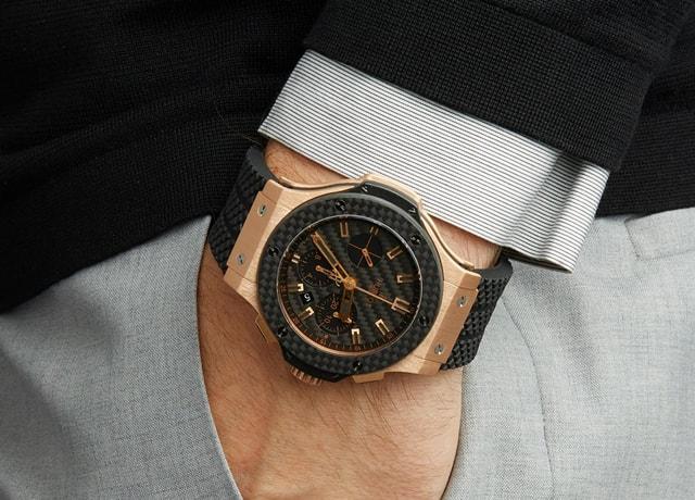 Cách đeo đồng hồ hồ hublot phong cách
