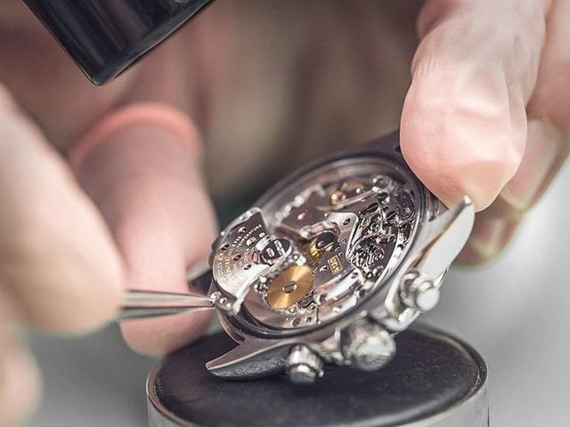 Giá đồng hồ Patek Philippe