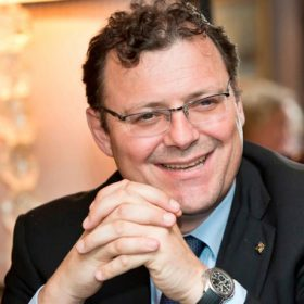Chủ tịch thương hiệu Patek Philippe đánh giá về thị trường đồng hồ Việt Nam