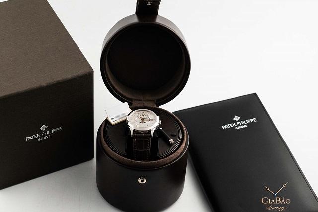Đồng hồ Patek Philippe chính hãng sở hữu hộp đựng sang trọng