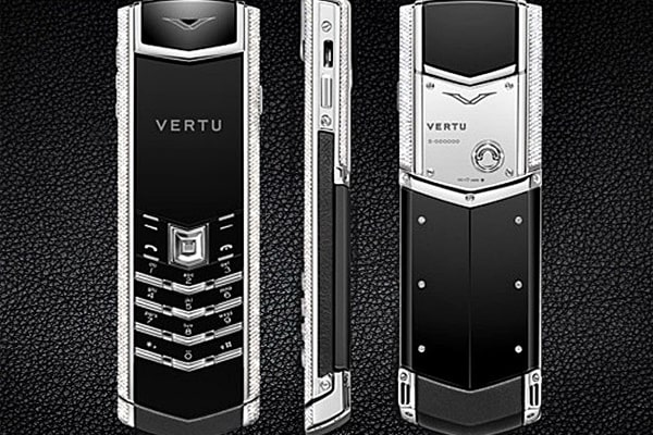 Hướng dẫn kiểm tra đời máy Vertu không phải ai cũng biết