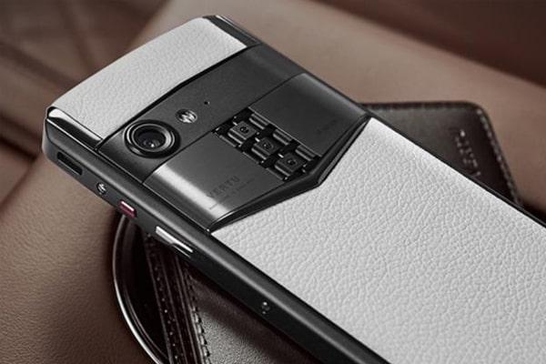 điện thoại Vertu Aster P chính hãng giá bao nhiêu 2