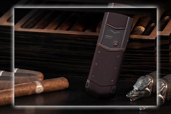 Giá điện thoại Vertu Signature's Pure Chocolate