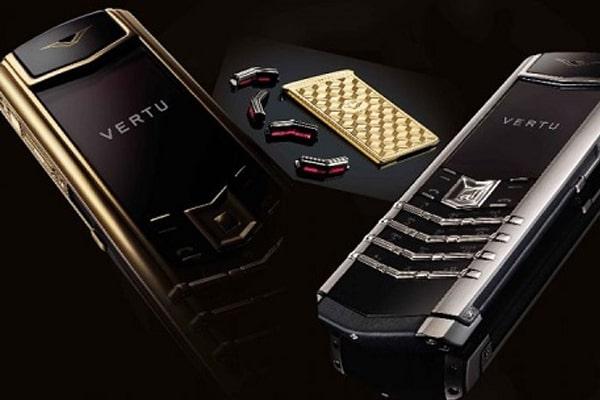 Điện thoại Vertu Signature's giá bao nhiêu