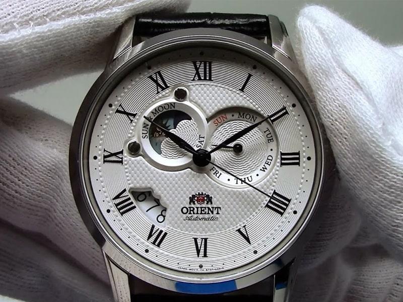 Đồng hồ Sun và Moon - Thành công của thương hiệu Orient