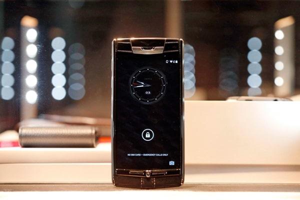 Lý giải tại sao điện thoại Vertu lại đắt - Đức Tín Luxury