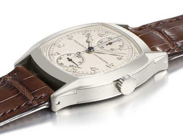 Đồng hồ Patek Philippe Chronograph nút đơn hình đệm